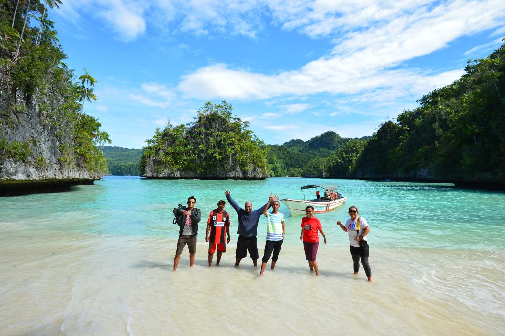kaimana Resort in triton beach