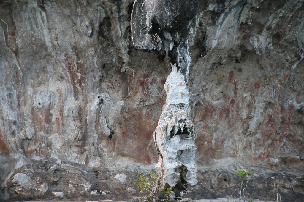 lukisan dinding kuno Pulau Namatoa