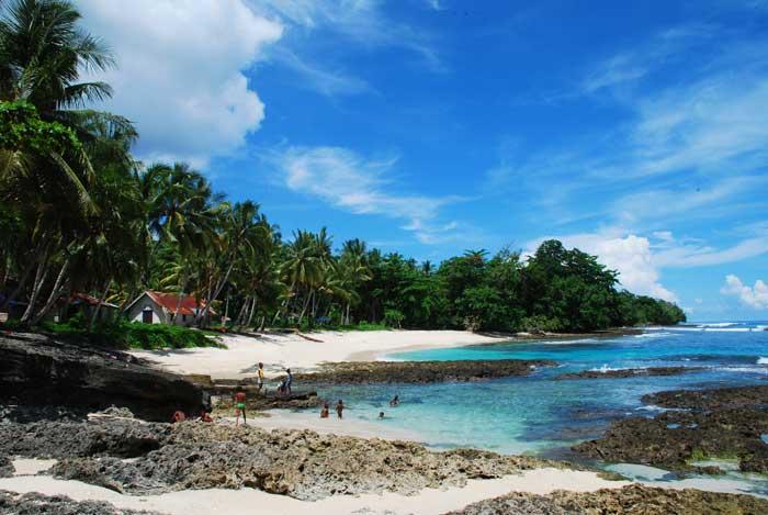 Pantai Bakaro
